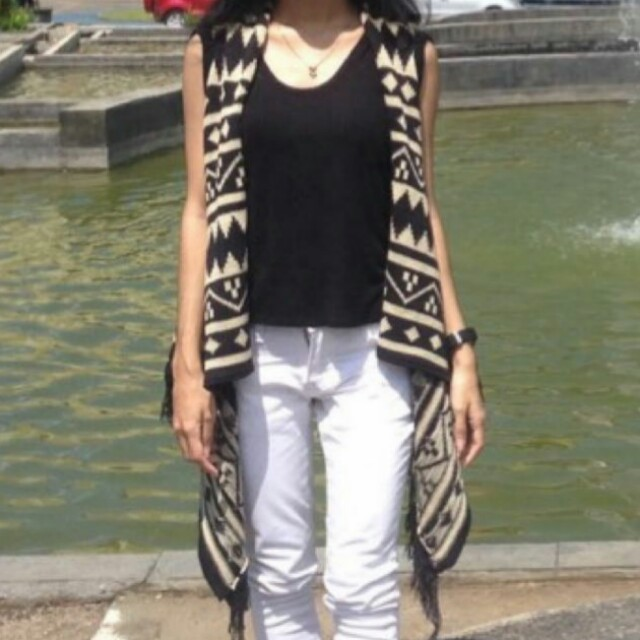 Knitted Vest with Inner