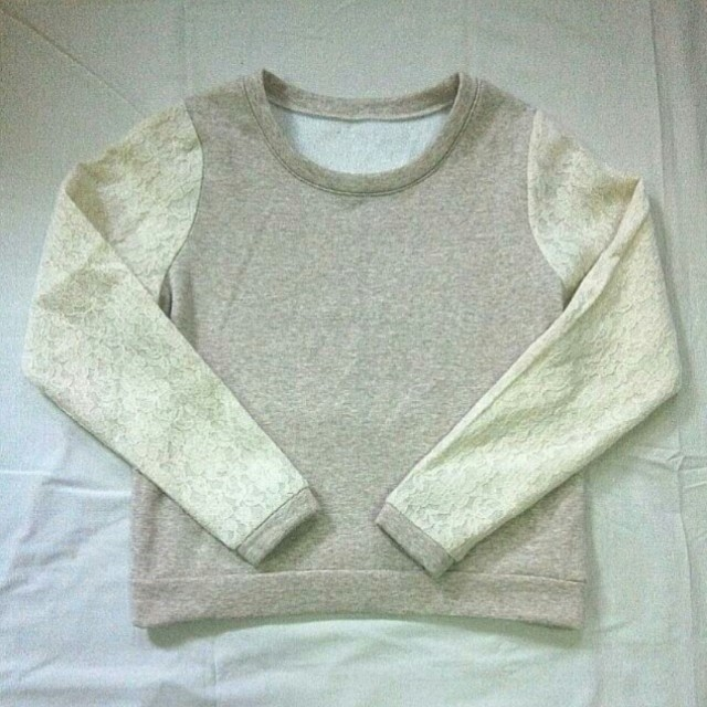 Lace Sleeves Pullover Jacket / Sweater