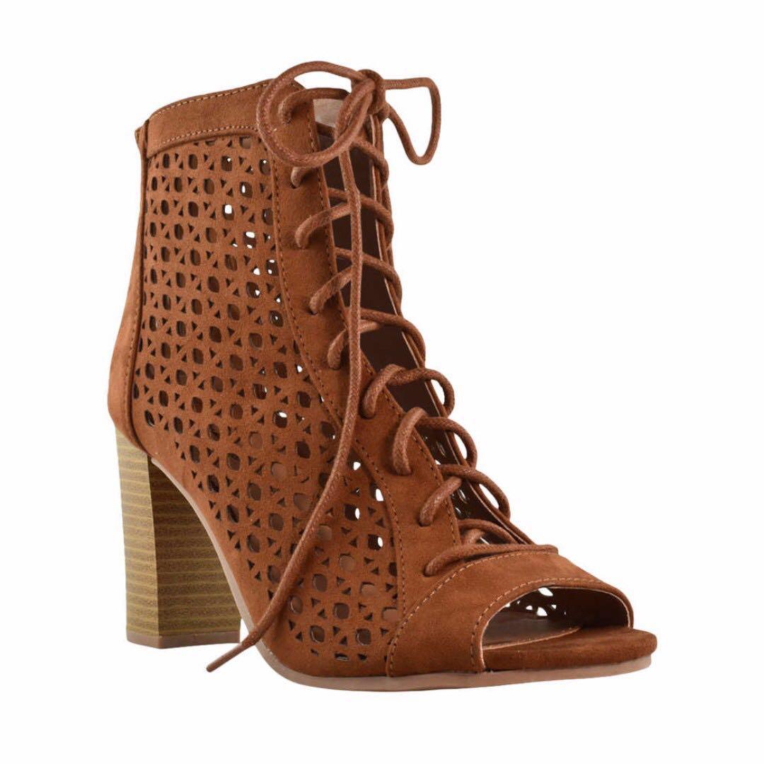Laser Cut Heels (8)