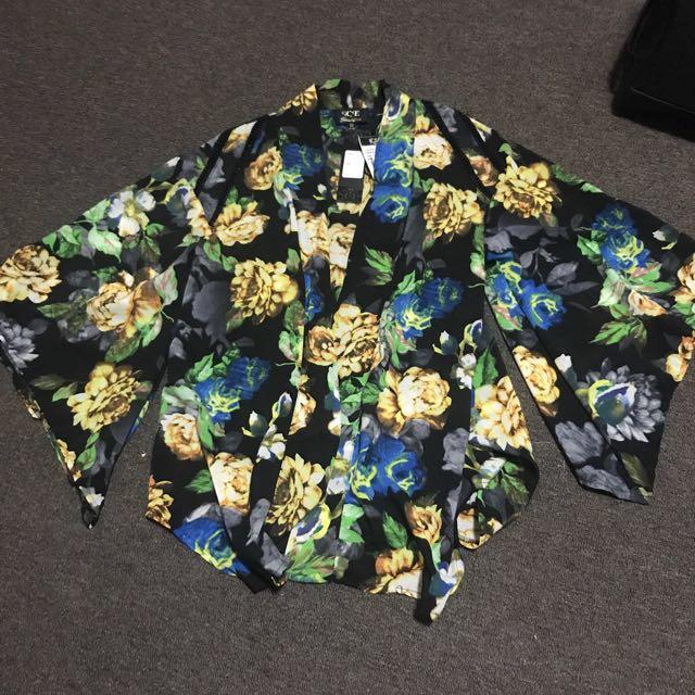 Navy floral kimono jacket size XS
