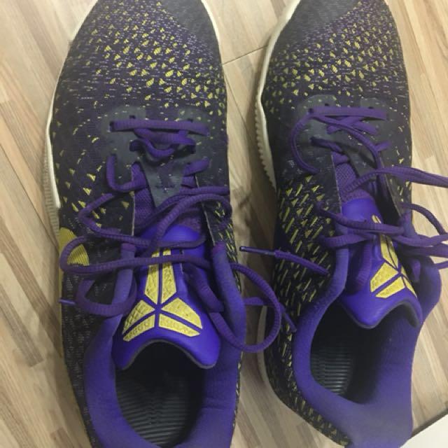 二手NIKE Kobe籃球鞋紫黃XDR耐磨低桶