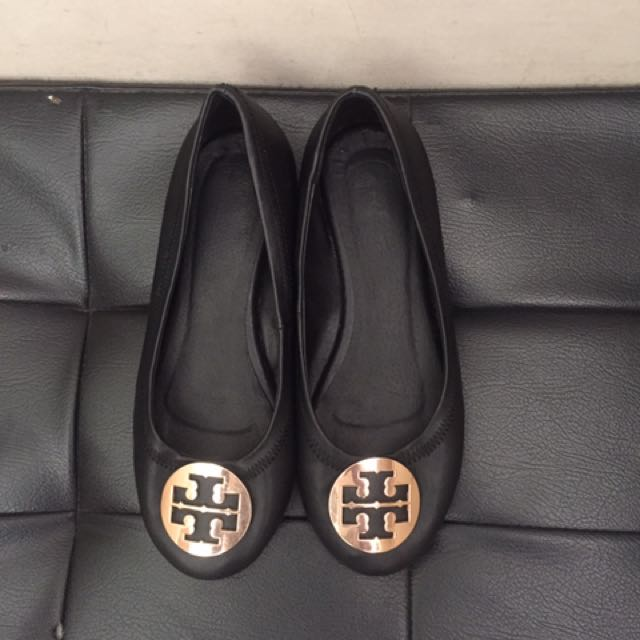 f72346d018a6 Original Pre Love Tory Burch Shoes size 37 di nagagamit almost new on  Carousell