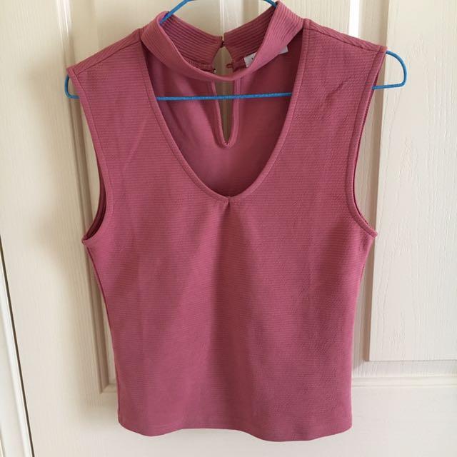 Pink choker short sleeve