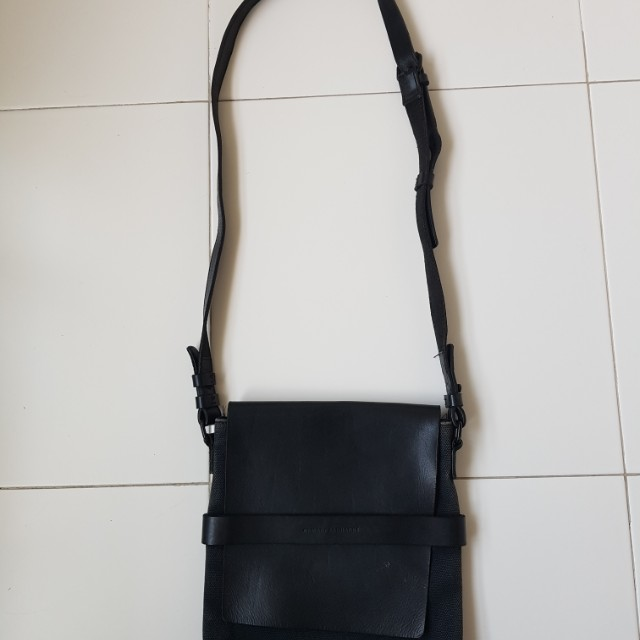 Preloved Armani Exchange Sling Bag be4f5beb8e31d
