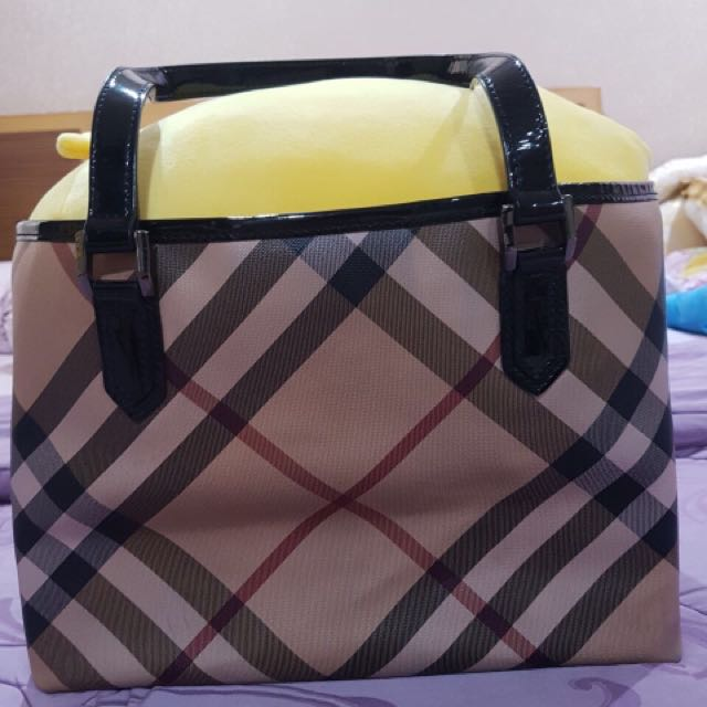 Preloved burberry handbag