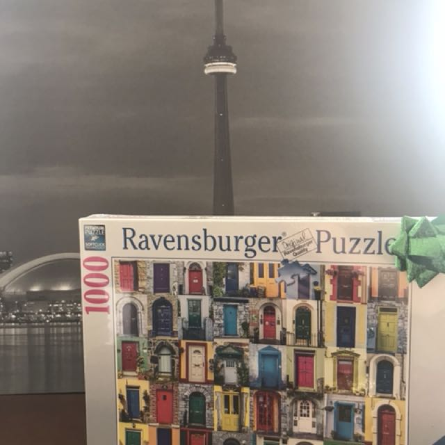Ravensburger 1000 piece Puzzle (Doors of the World)