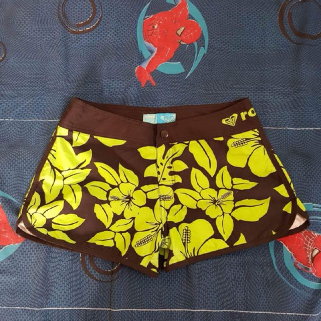 Roxy Beach Short (S-M)