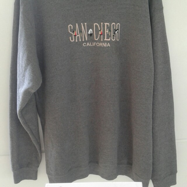 San Diego Pullover