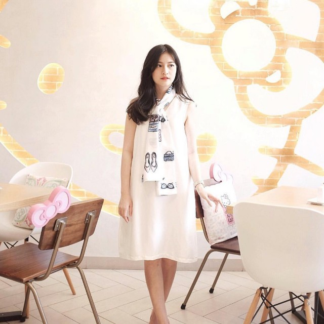 Shelovesonlineshop Dress