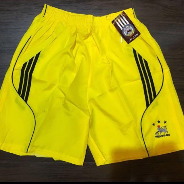 Short pants training
