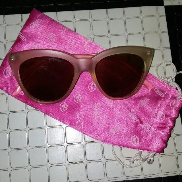 Sunnies sun glasses