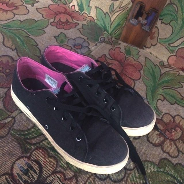 TOMKINS Black Candy Shoes