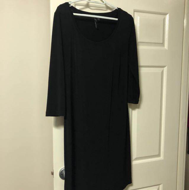 TS black shift dress XXS
