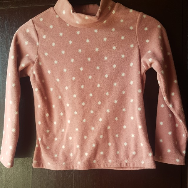 UNIQLO GIRLS FLEECE SWEATER FOR KIDS 7 TO 9 YRS OLD