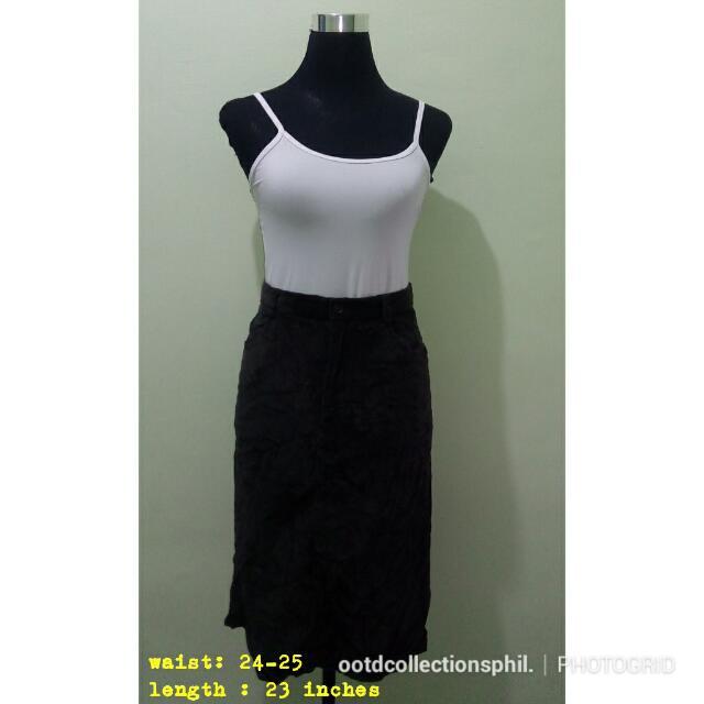 Velvet skirt 💕💕