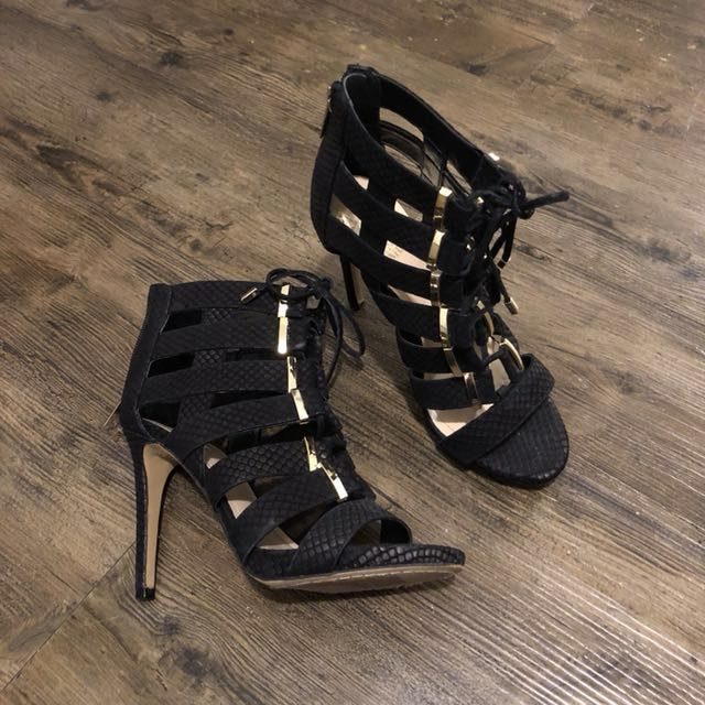 Vince Camuto size 6 Caged Heels