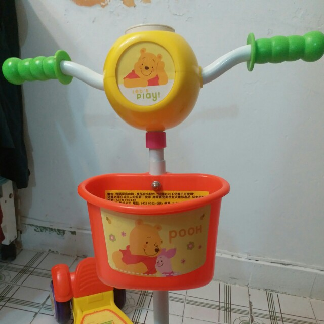 winnie the pooh kids scooter