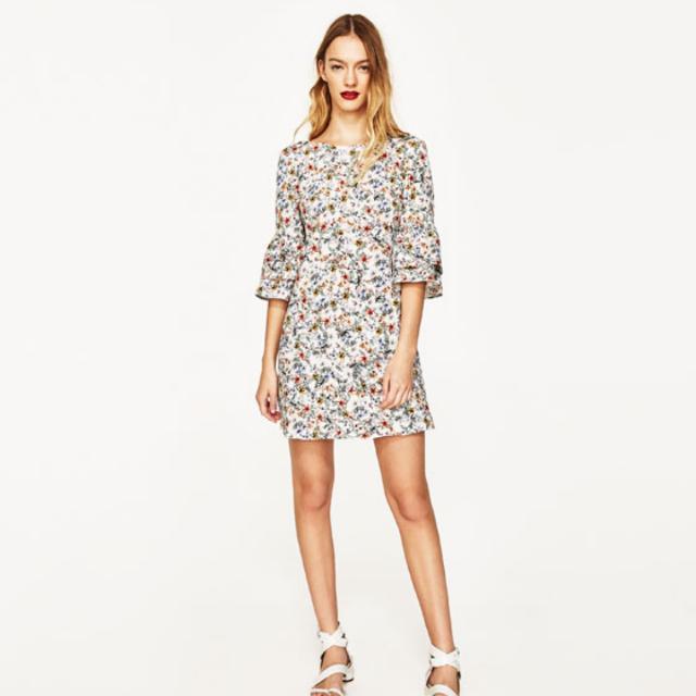 f9d03bda3d36 Zara Floral Dress With Frilled Sleeves