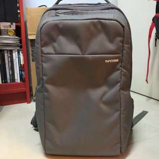 Incase icon backpack gray