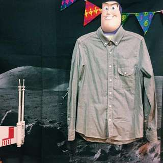 ✌︎二手百搭有口袋灰色襯衫
