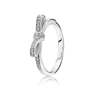 PANDORA: Sparkling Bow Stackable Ring... SIZE: 5