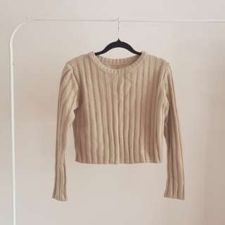Nude crop knit
