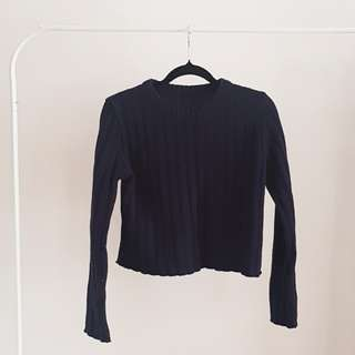 Navy crop knit