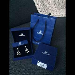 Authentic Swarovski rhodium played chandelier crystal earrings