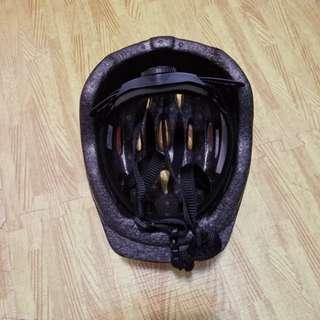 9成半新兒童頭盔Helmet(購自玩具反斗城)