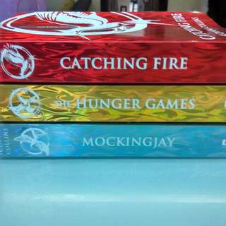 THE HUNGER GAMES Free Postage