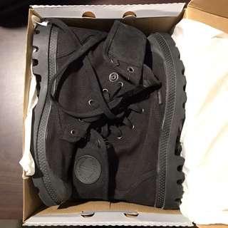 Black Palladium Boots Brand New (Size 8US)