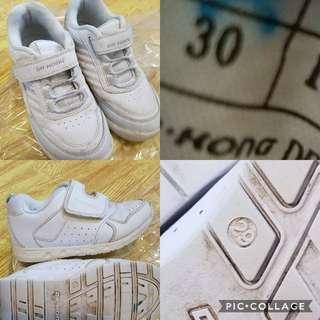 女童鞋子(全部共七對)