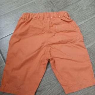 Celana pendek uniglo