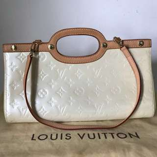 Louis Vuitton Roxburry