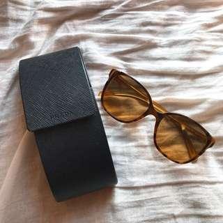 🕶PRADA Sunglasses