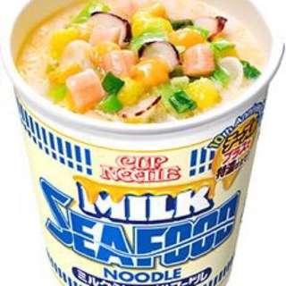 芝士牛奶海鮮杯麵