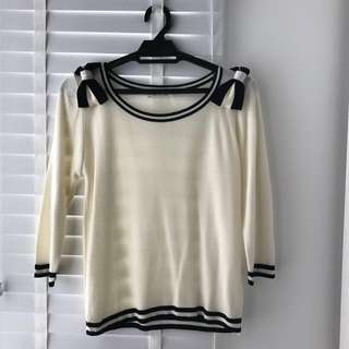 🎀KOREA Ribbon On Shoulder Knitted Top