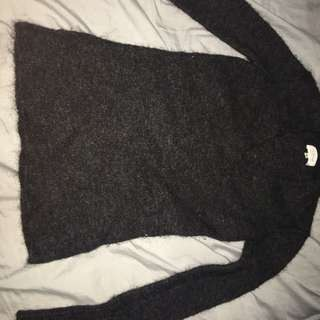 Wilfred sweater