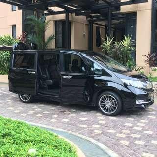 HONDA STEP WAGON SPADA 7 Seater Limousine / Rental / Wedding