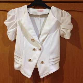 White blazer 02