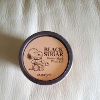 Skinfood Snoopy limited edition Black sugar wash-off mask