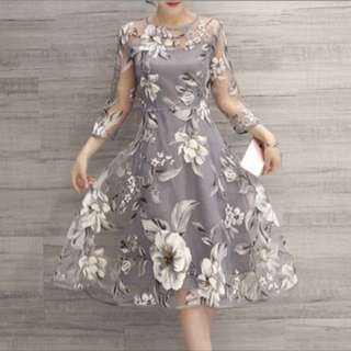 Grey Flower XXL (fit for Aus Size 12)