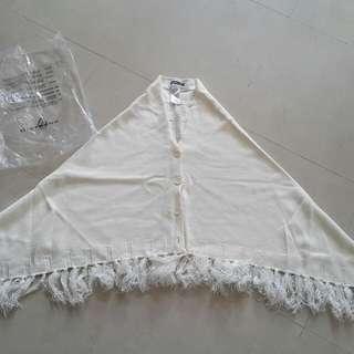 Giordano 白色冷披肩
