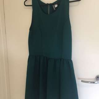 CUTE GREEN DRESS