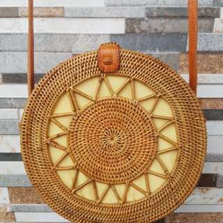 BN sunflower handwoven straw bag