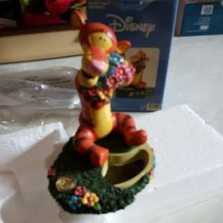 Disney Collectivle Figurine ~ Winnie The Pooh