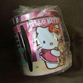 Hello kitty toilet paper hokder
