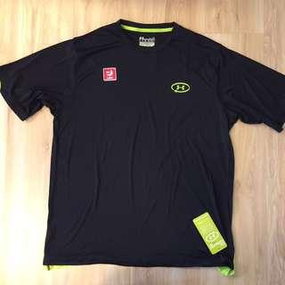 美國帶回真品UA黑色短袖運動休閒防曬上衣L號