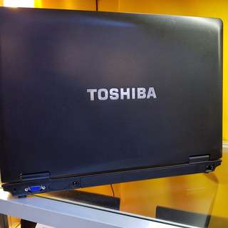 toshiba laptop 15 inches good quality used laptop from japan