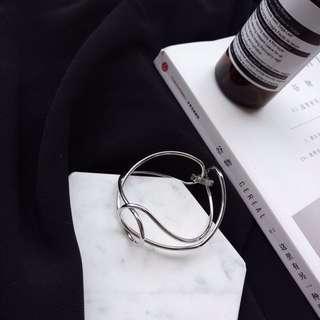 🚚 Bracelet.大勢款極簡不規則手環
